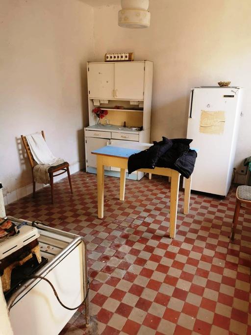 Bátorové Kosihy - dom v pôvodnom stave na 11á pozemku