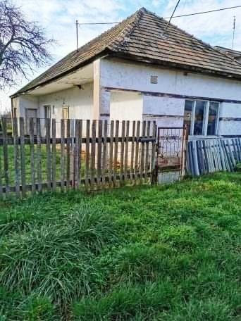 Bátorové Kosihy - dom na 10 árovom pozemku