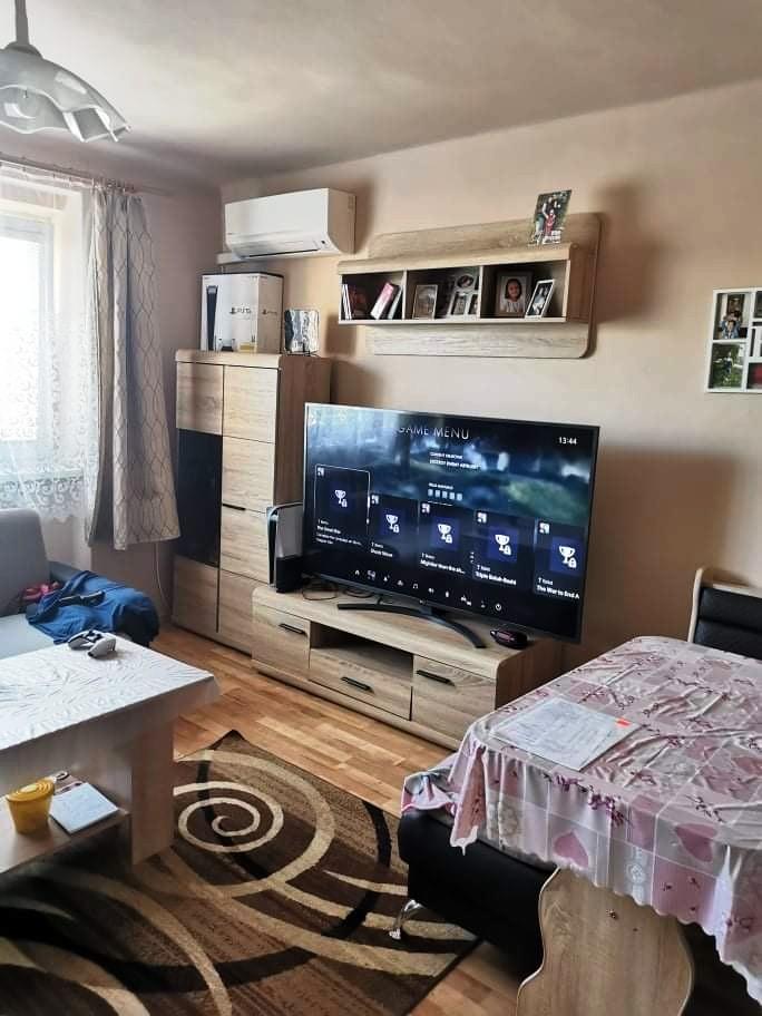 Na predaj čiastočne rekonštruovaný 3 izbový byt