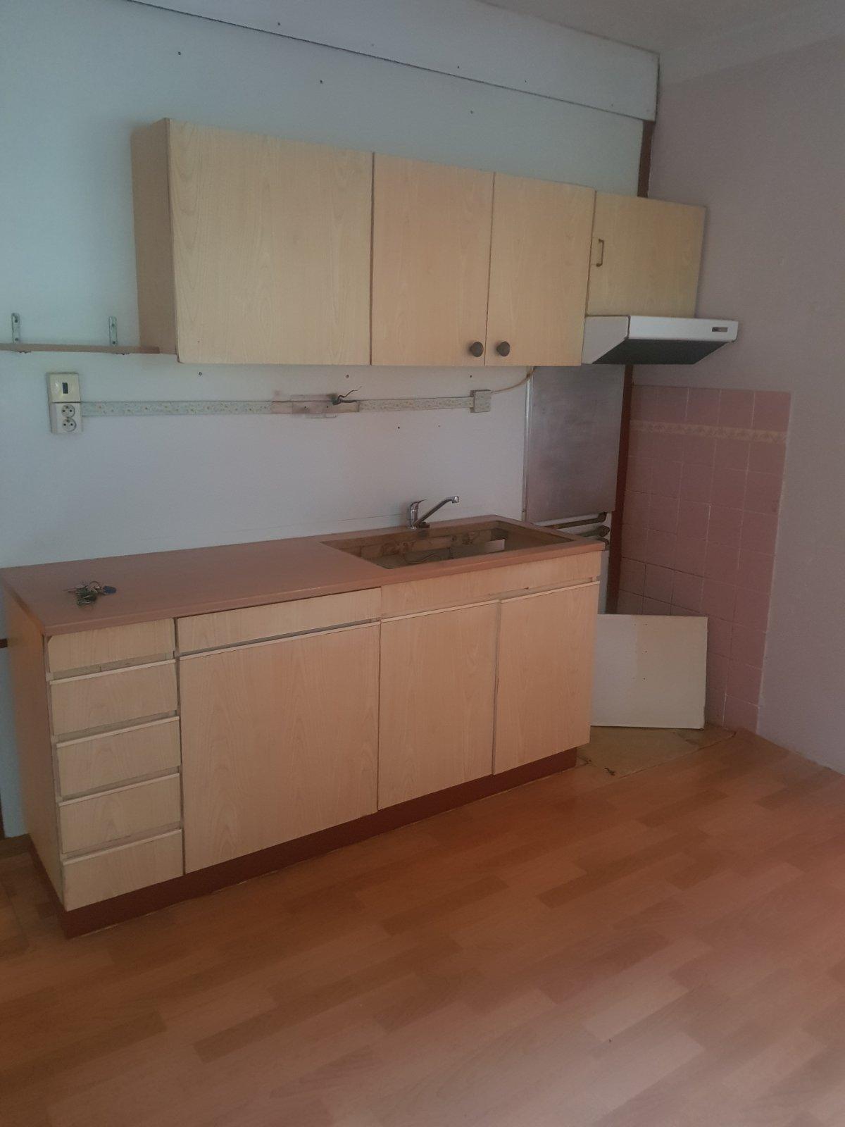 Komárno - 3 izbový 84 m2 byt na predaj ZĽAVA
