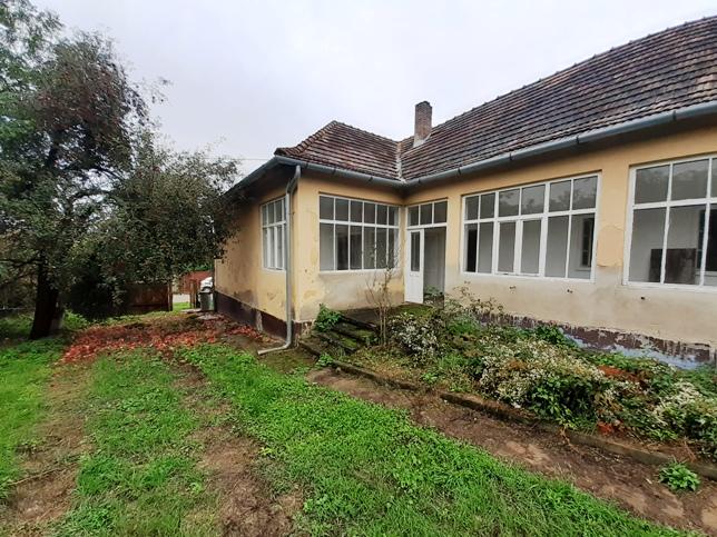REZERVOVANÉ - Šarkan Diva - dom po rekonštrukcii na predaj