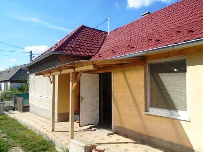 PREDANÉ - Okoličná na Ostrove - dom po rozsiahlej rekonštrukcii