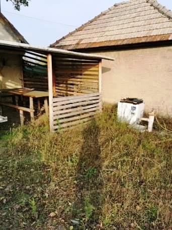 Hurbanovo Aba - viničný domček so záhradou
