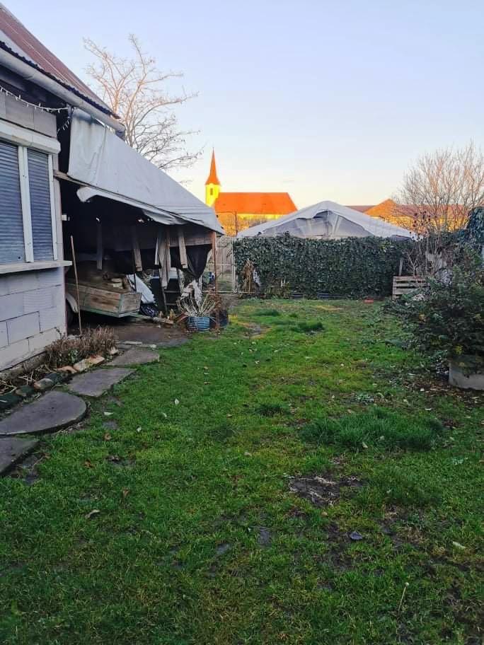 Nesvady - dom na 10 á pozemku aj na splátky