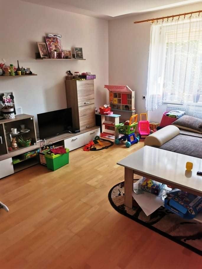 Komárno- 2 izbový byt s vlastným kúrením