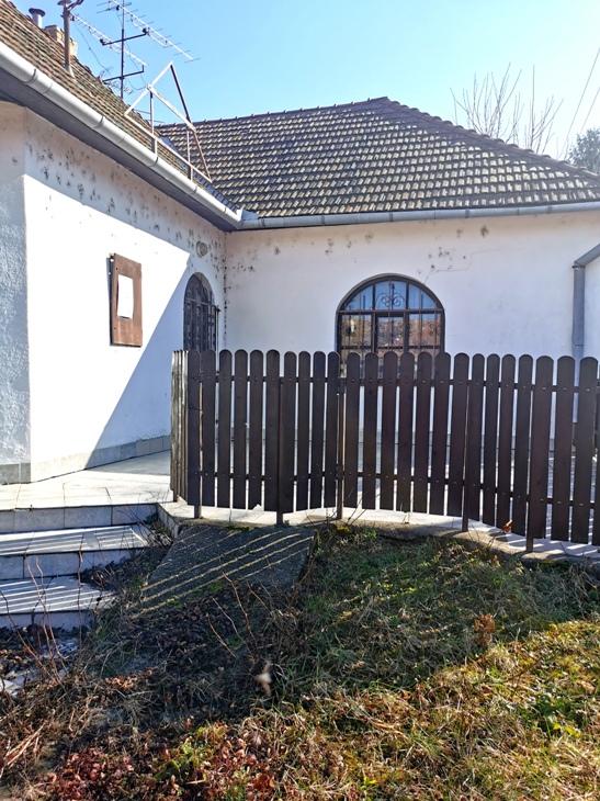 NA SPLÁTKY - Strekov dom na predaj